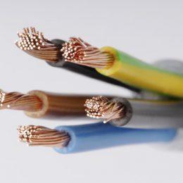 חוטי חשמל